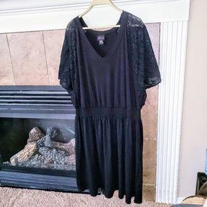 TORRID LACE SLEEVE ELASTIC WASTE SUMMER DRESS